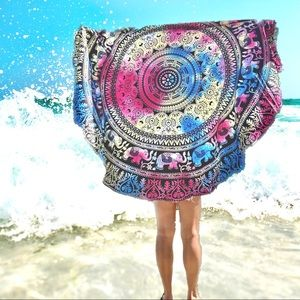 Gorgeous! Boho Mandala Tapestry/ Round Cover up